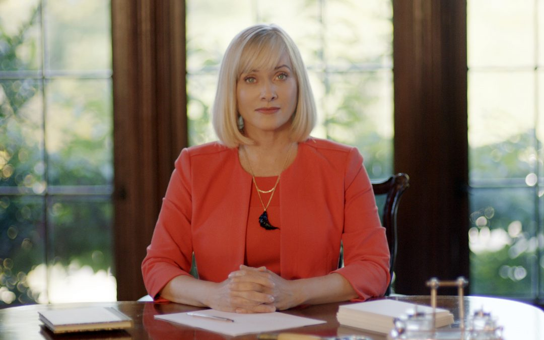 Exclusive photos, Barbara Crampton comments on the upsetting APPLECART