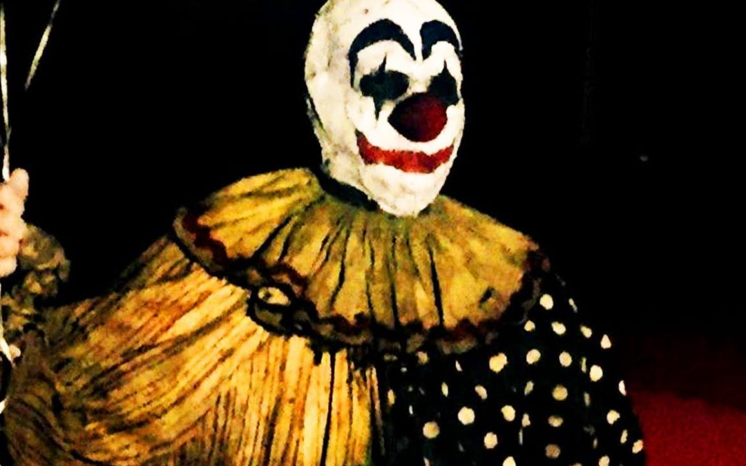 """MOVIE REVIEW: """"GAGS THE CLOWN"""" needs more gags"""